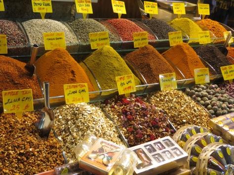 Bazar de las especias: que aromas, que colores!