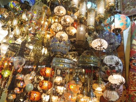 Explosión de luz y color en el Gran Bazar