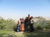 Mishpé Yerihó - Con la family y Rivka, la anfitriona