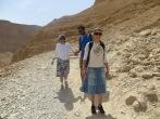 Masada - Leah nos acompañó en la bajada por el camino de la serpiente. Valiente!