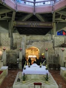 Nazaret - Basilílica y restos arqueológicos perfectamente integrados