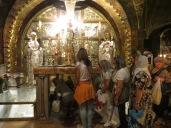 Iglesia de la Ascensión - El altar Golgota. Bajo el mismo está el hueco donde estaba clavada la cruz