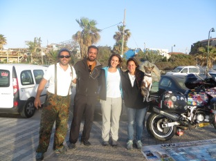 En Tel-Aviv con Julián, Lorena, Trico y la moto!!