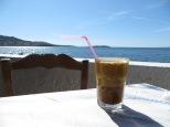 Frappé, sol y playa, se puede ser más feliz?
