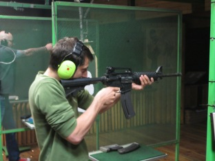 Maciej shooting with a -surprisingly soft- rifle!