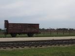 Vagón de madera con el que los prisioneros eran deportados.