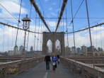 Puente de Brooklyn con sus característicos arcos ojivales