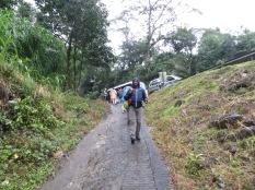 Y otro bus, este nos llevará hasta el centro de La Fortuna, el pueblo más cercano al volcán el Arenal