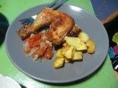 Pollo al horno cocinado en el hostel, fuimos la envidia de toooodo el mundo. Ole esa Moni cocinera!