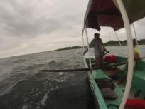 Barca tirando de los deepboarders