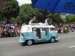 Y no podía falta la mítica furgoneta hippie!