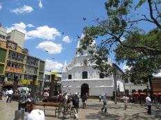Iglesia de la Veracruz, lugar de contrastes. Oración y prostitución.