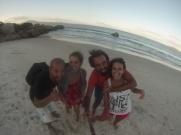 Que suerte habernos perdido y acabado en la playa de Jureré donde estaba el super pollo azul!