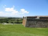 La actual Fortaleza de Santa Teresa fue construida por la corona española, aunque su fundación y nombre se deben a Portugal.