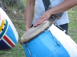 ... de un grupo de percusionistas ensayando para carnavales