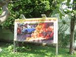 """En este lugar en 1963, Thich Quang Duc, un conocido y respetado monje budista se prendió fuego a sí mismo como protesta por la persecución del gobierno de VIetnam del Sur hacia los budistas. """"No news picture in history has generated so much emotion around the world as that one"""""""