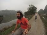 Con la tripa a tope, vease protuberancia abdominal, nos vamos de paseo en bici!