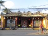 Vamos subiendo hacia el norte de Vietnam y poco a poco se va apreciando la influencia china
