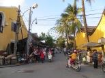 Una calle llena de vida