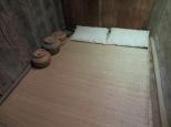 Dos cojines + un suelo = una cama