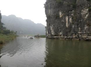 Los pedruscos de Tam Coc son muy parecidos a los que habíamos visto en Halong Bay, por lo que segun mi teoría también deben ser parte de aquella lluvia de meteoritos :P