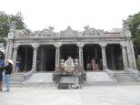 Llegamos al segundo templo. El interior era bastante parecido al primero