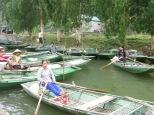 Y llegó el momento estrella, el paso en barca por cuevas y arrozales!