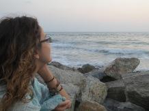 Disfrutando del mar y del atardecer