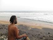 Practicando un poco lo que Shiva, nuestro profe en Varkala nos ha enseñado :)