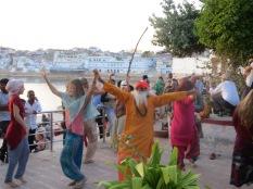 El más famoso de Pushkar bailando con Gloria y conmigo!!! ohhhhh!!!