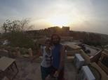 GoPrie desde la terraza del hotel, mientras atardece em Jaisalmer :)