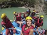 Preparados ya en nuestras barcas para disfrutar de los rápidos del río Ganges