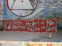 El amor en el corazón del hombre es el santuario de Dios en la Tierra