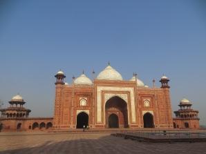 La mezquita del complejo del Taj Mahal